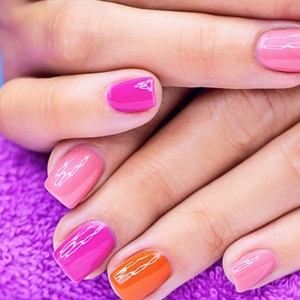 Gel-Colour-Manicure